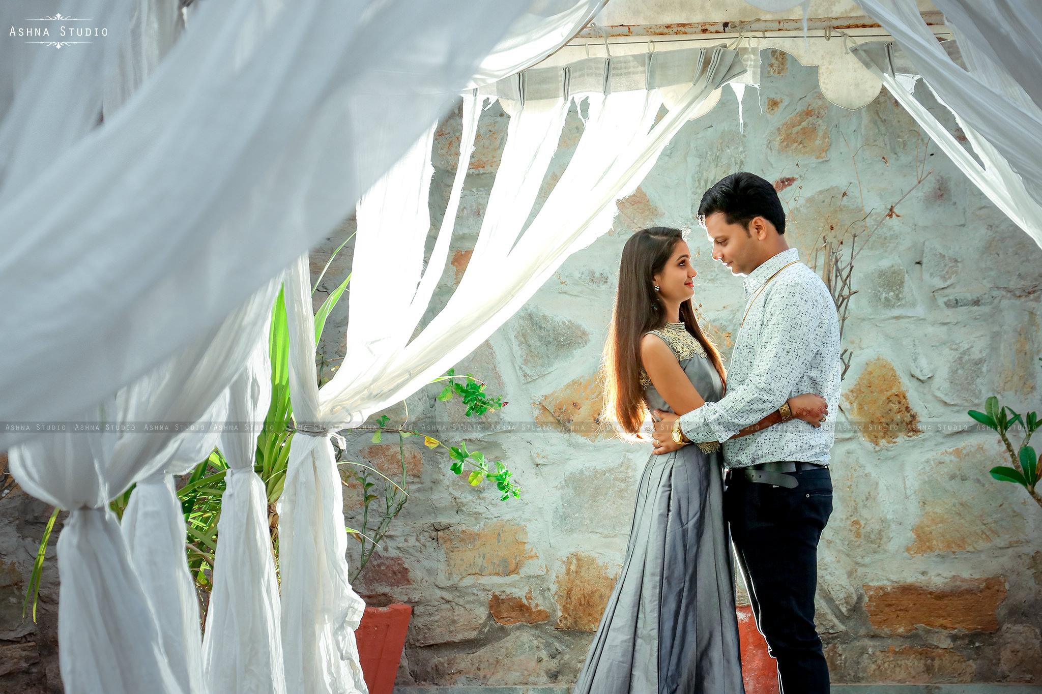 Yash & Monica Pre Wedding Photoshoot Udaipur